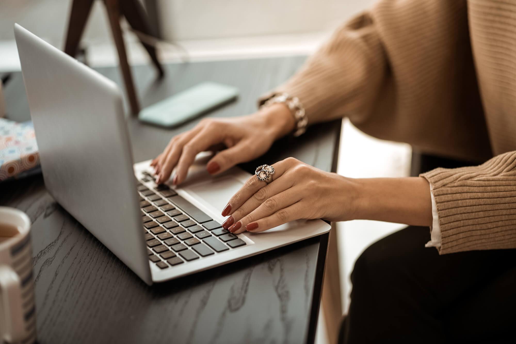 他の特技や経験と掛け合わせて文章で稼ぐ