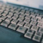 書いてすぐに読まれるとは限らない!記事の鮮度を保つための言葉の選択