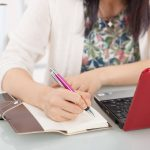 在宅ワークは仕事の確保が肝!効率的な仕事の探し方とは