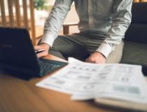 会社員が副業で在宅ワークをする場合の両立のコツとは?