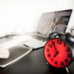 仕事をするのは朝と夜、どっちが効率的?