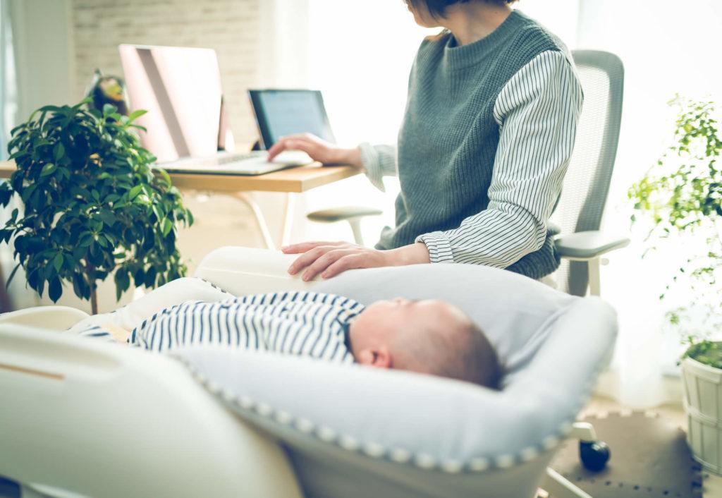 在宅ワークに興味のあるママ必見!長く続けるために「おすすめの仕事6選」とは?