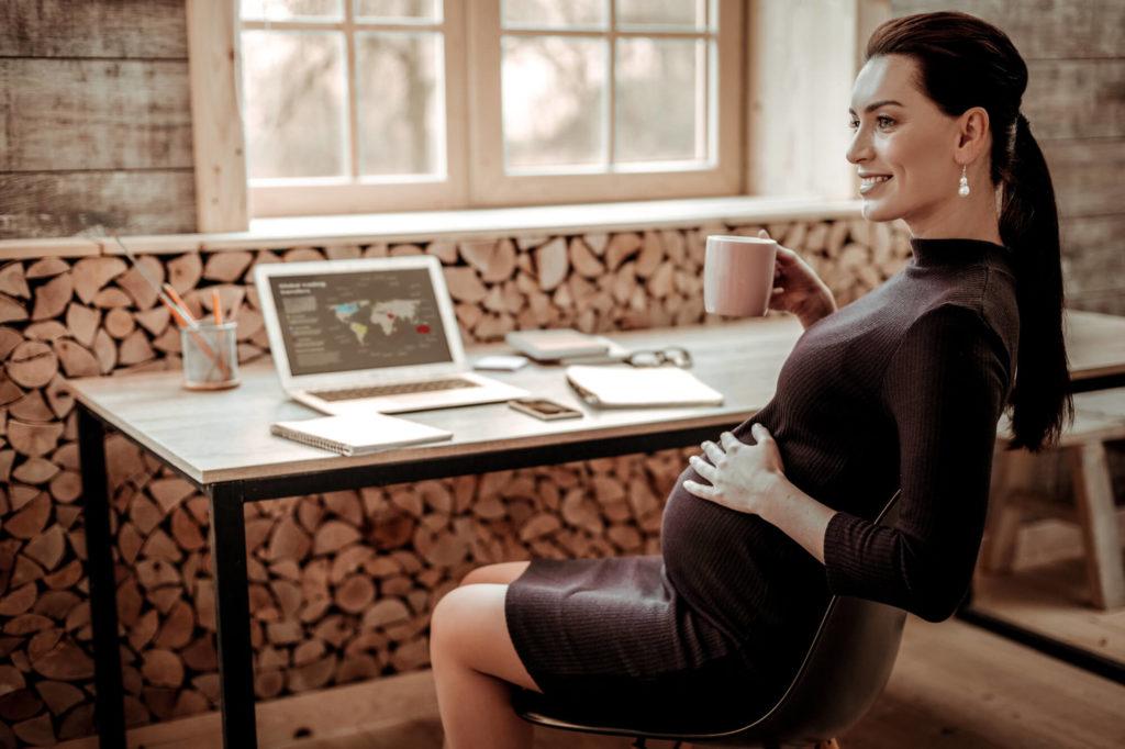 体に負担をかけずに気軽に働ける!妊婦さんにおすすめの在宅ワーク